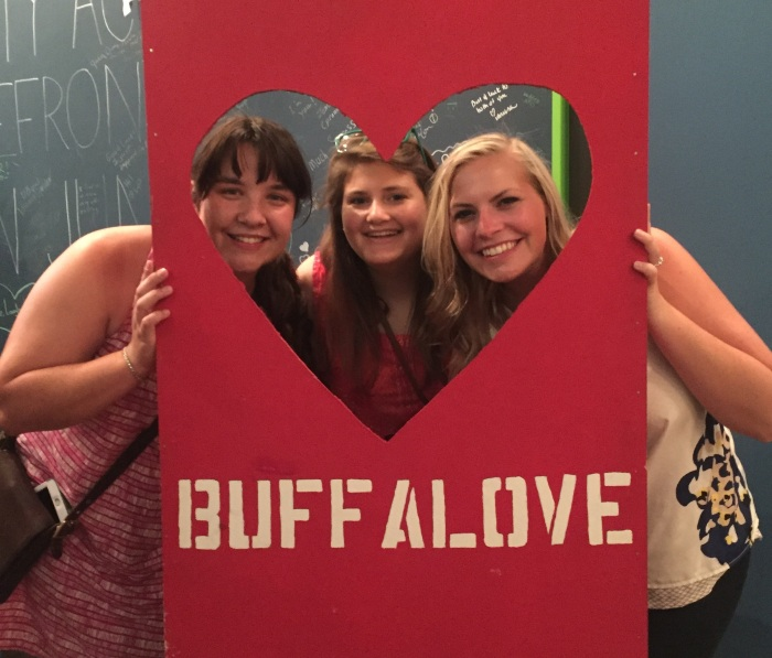 Buffalove_crop